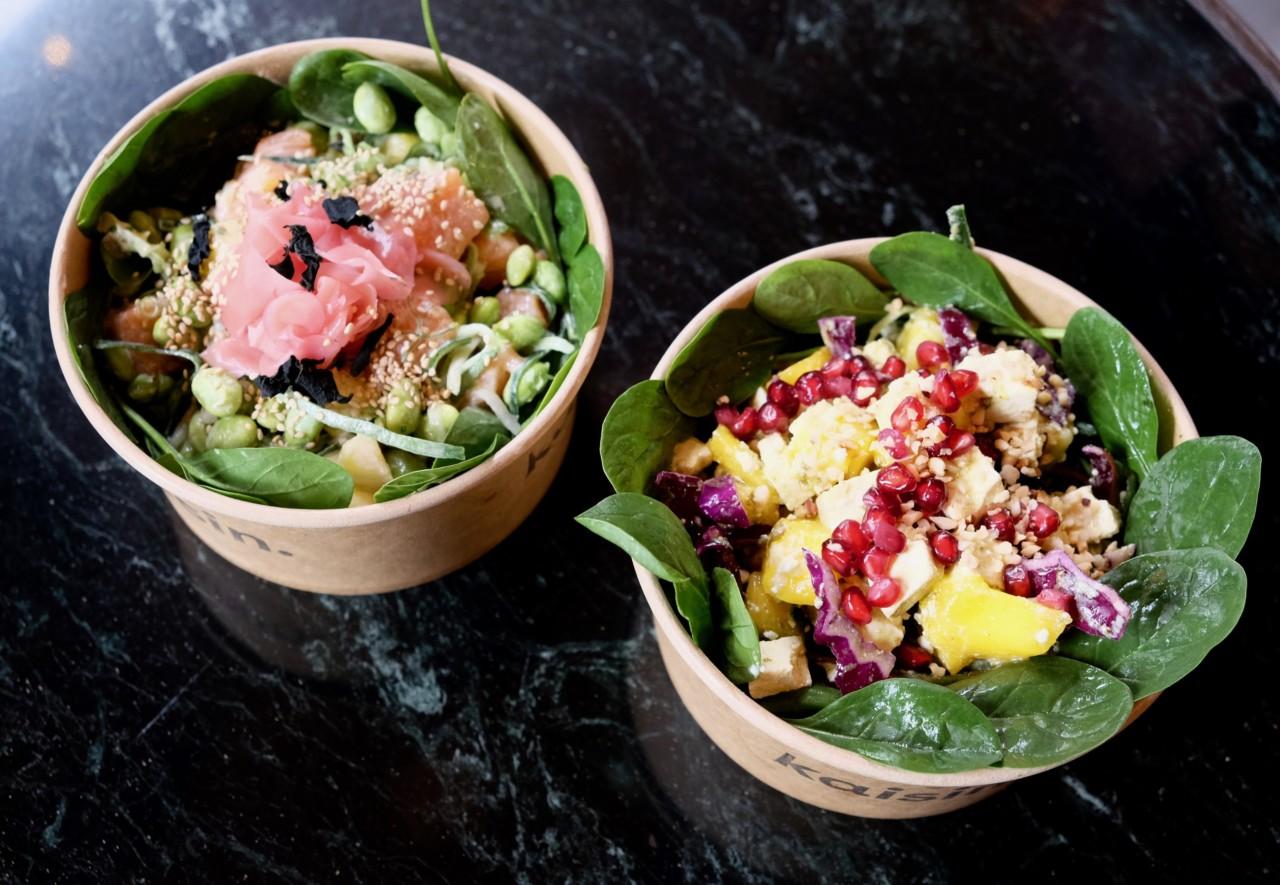 Beim Poké-Salat von kaisin. werden zuerst alle gewünschten Zutaten gemischt und dann erst in die Bowl gegeben. Foto: Lunchgate/Anna