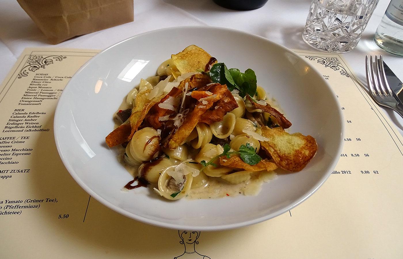 Restaurant Hofküche - Pilzragout mit Orecchiette