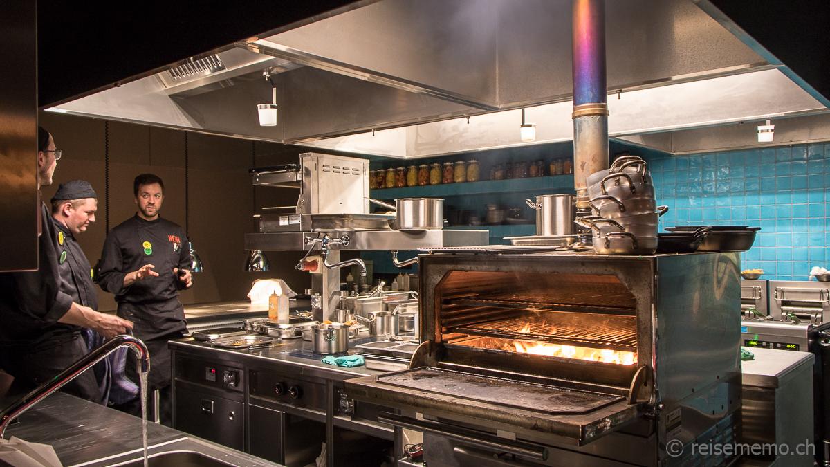 Offene Küche im Neni Restaurant | Lunchgate Insider