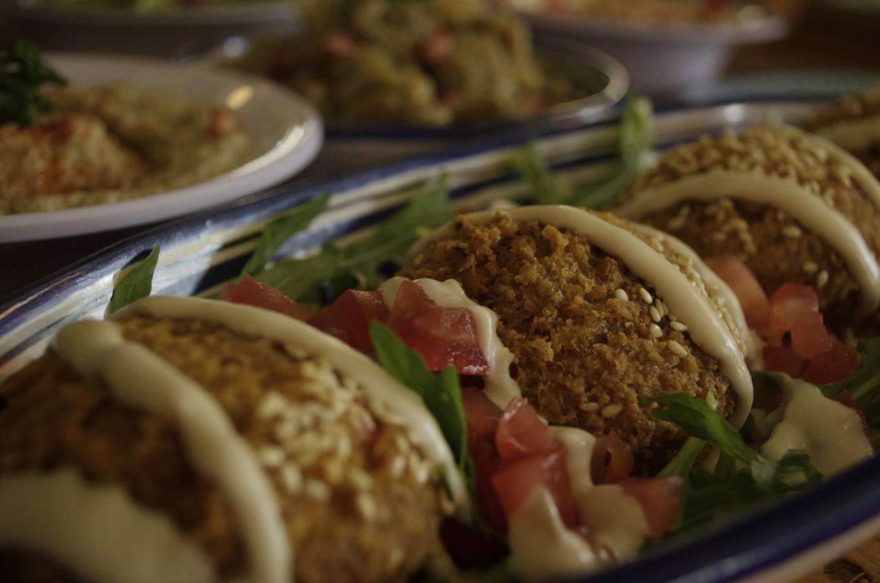 Falafel sind eines der vielen Mezze-Highlights