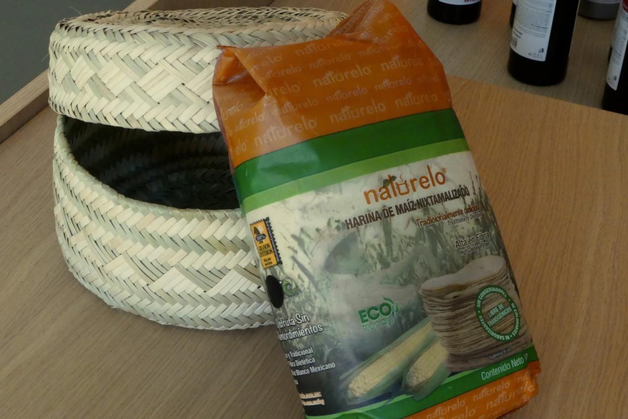 Im handgeflochtenen Tortillakorb direkt aus Mexiko bleiben die Tortillas wohlbehütet warm. Foto: Lunchgate/Larissa