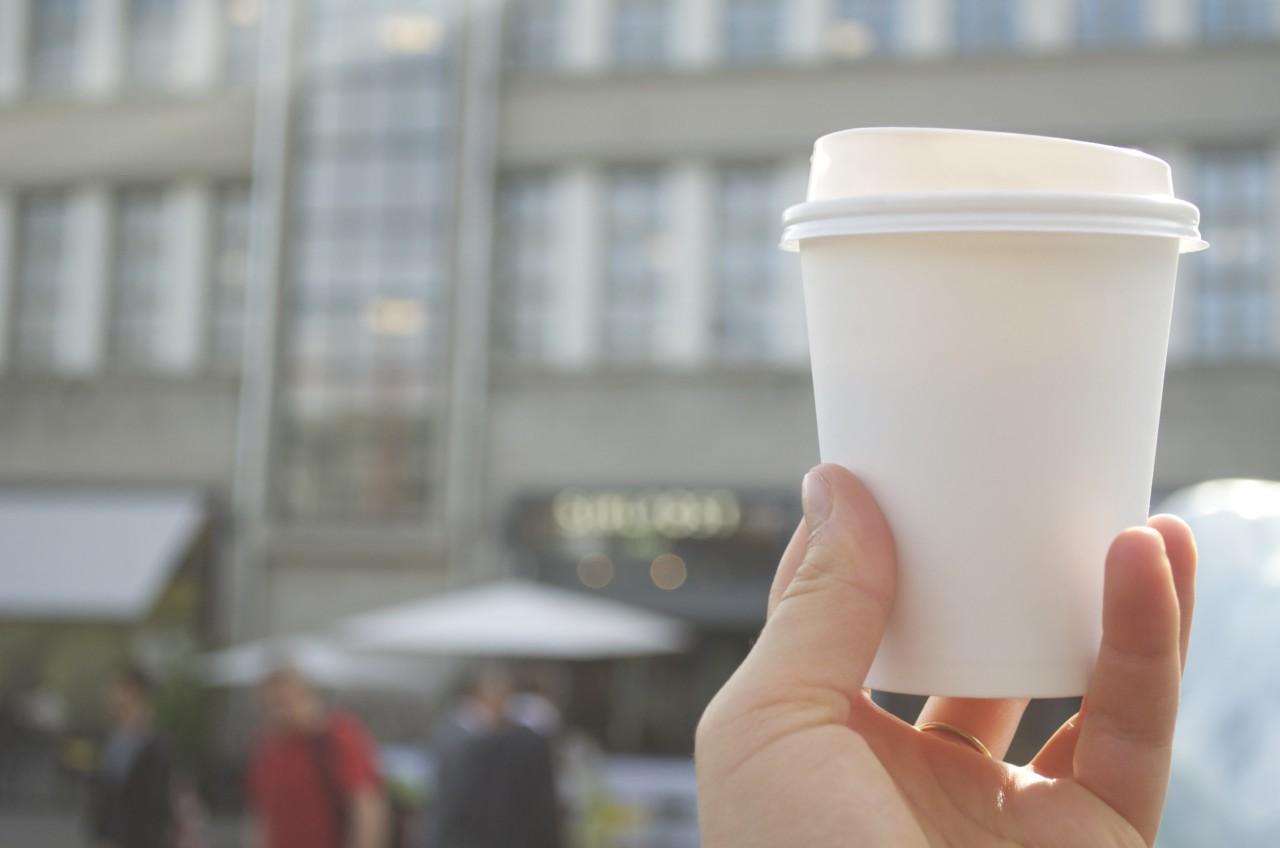 Kaffee zum Mitnehmen im Hiltl