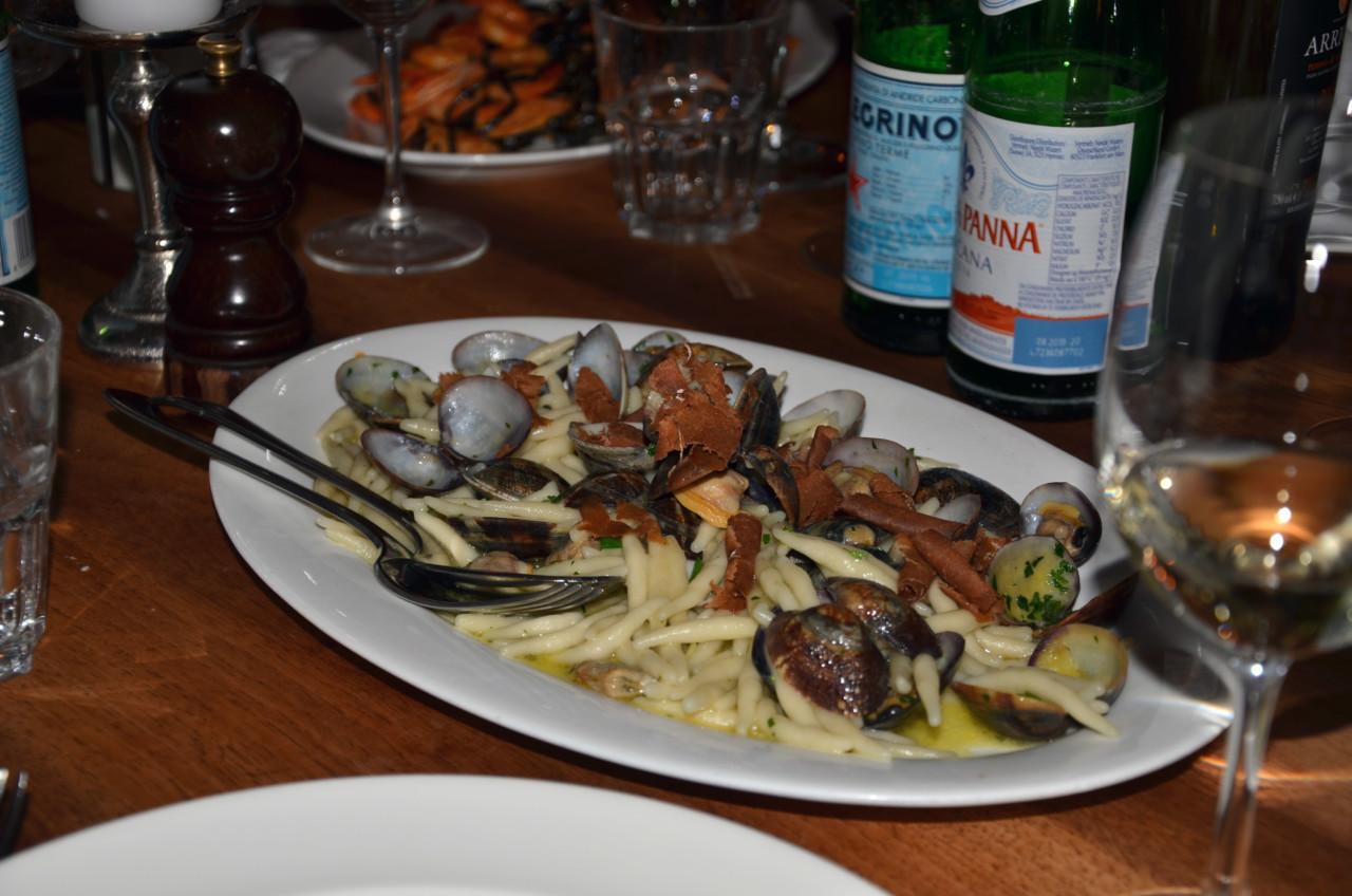 Die servierte Pasta mit Muscheln als Zwischengang. Foto: Lunchgate/Corina