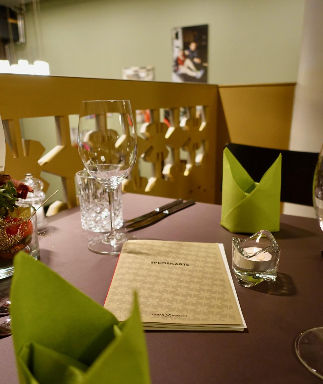 Das Menü vom Enzian Restaurant verspricht traditionelle und saisonale Gaumenschmäuse. Foto: Lunchgate/Anna