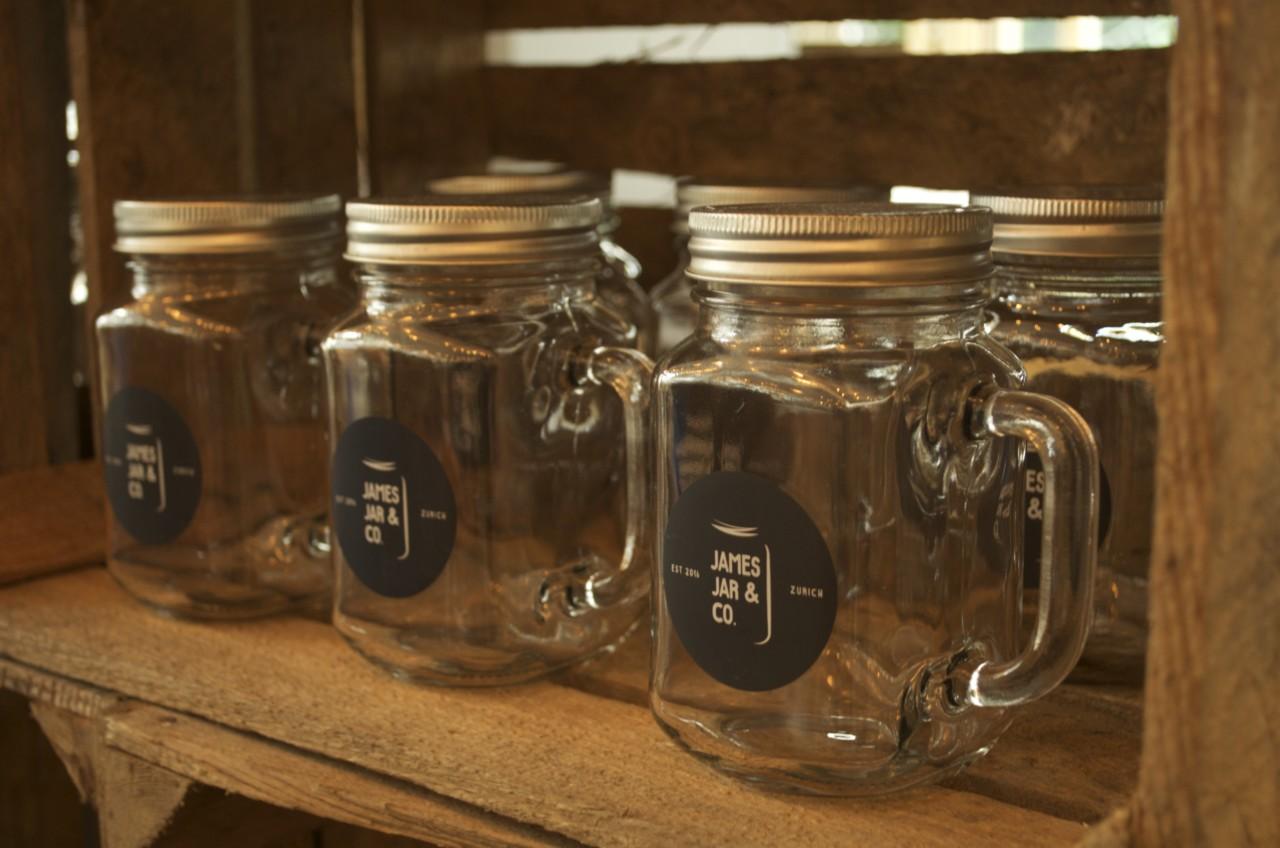 Gut verpackt: James Jar & Co. verkauft seine Köstlichkeiten praktisch im Glas. Foto: Lunchgate/Larissa.
