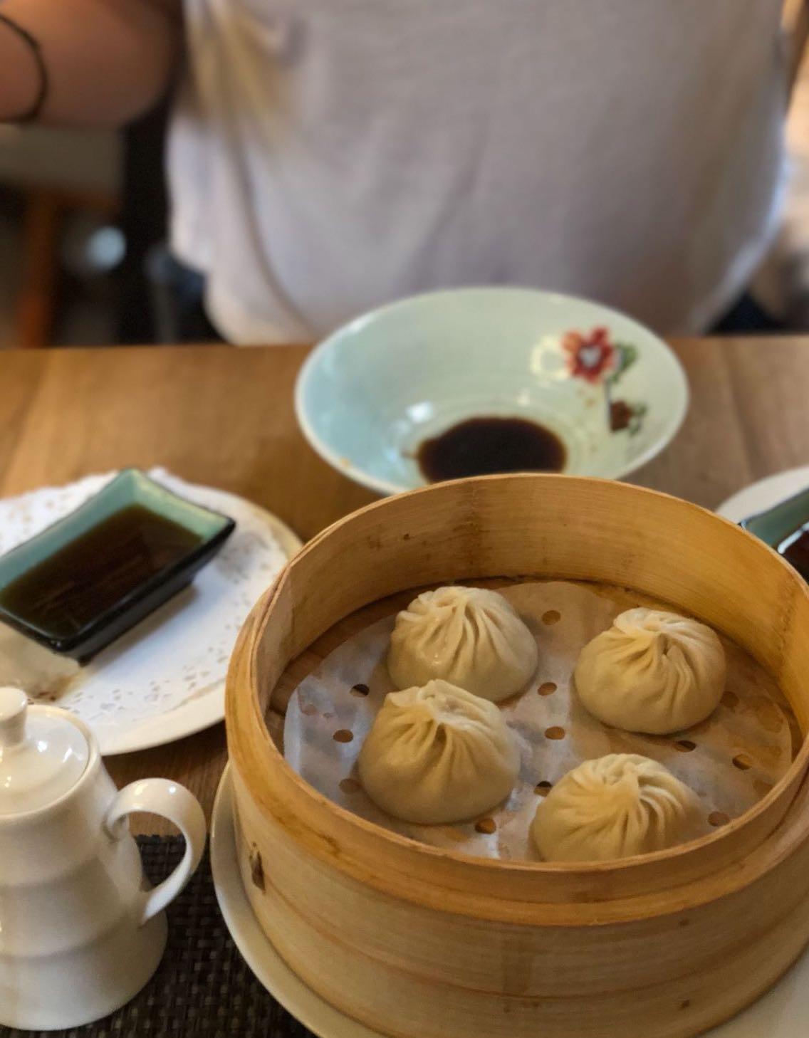 Noch mehr Dumplings - sie überzeugen sowohl in der Fleisch- als auch in der Vegivariante. Foto: Lunchgate/Manu