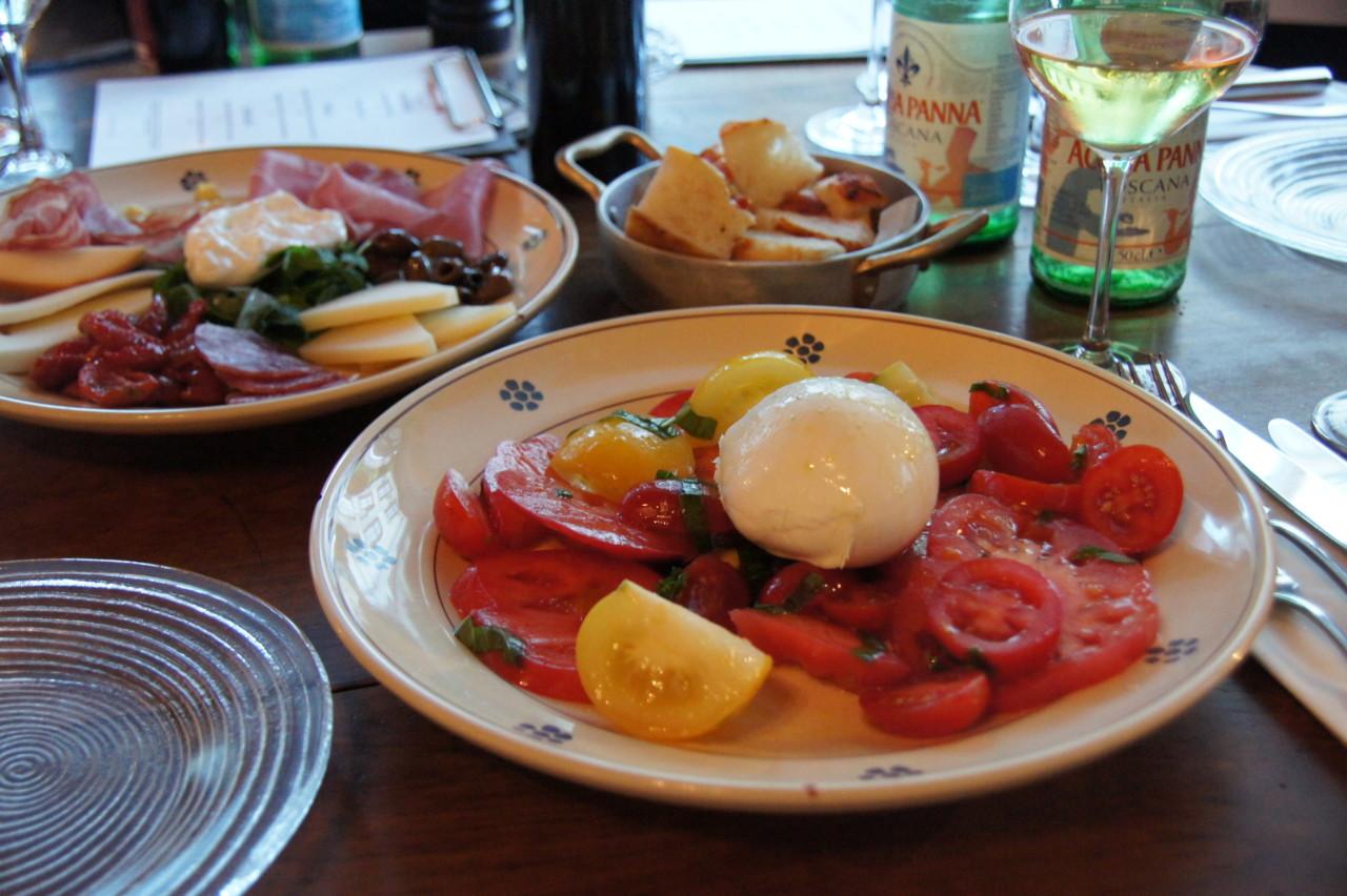 Der marktfrische Caprese-Salat. Foto: Lunchgate/Max