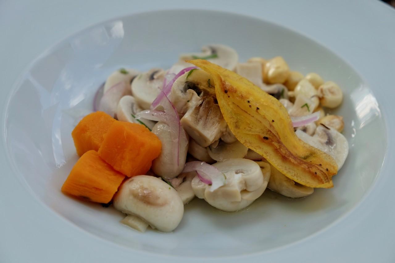 Champignons statt Fisch: Das Ceviche gibt es auch in vorzüglicher vegetarischer Variante. Foto: Lunchgate/Anna