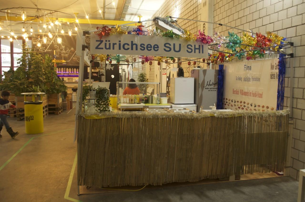 Ein Hallen-Highlight sind definitiv die frische Sushi mit Fisch aus dem Zürisee. Foto: Lunchgate/Larissa.