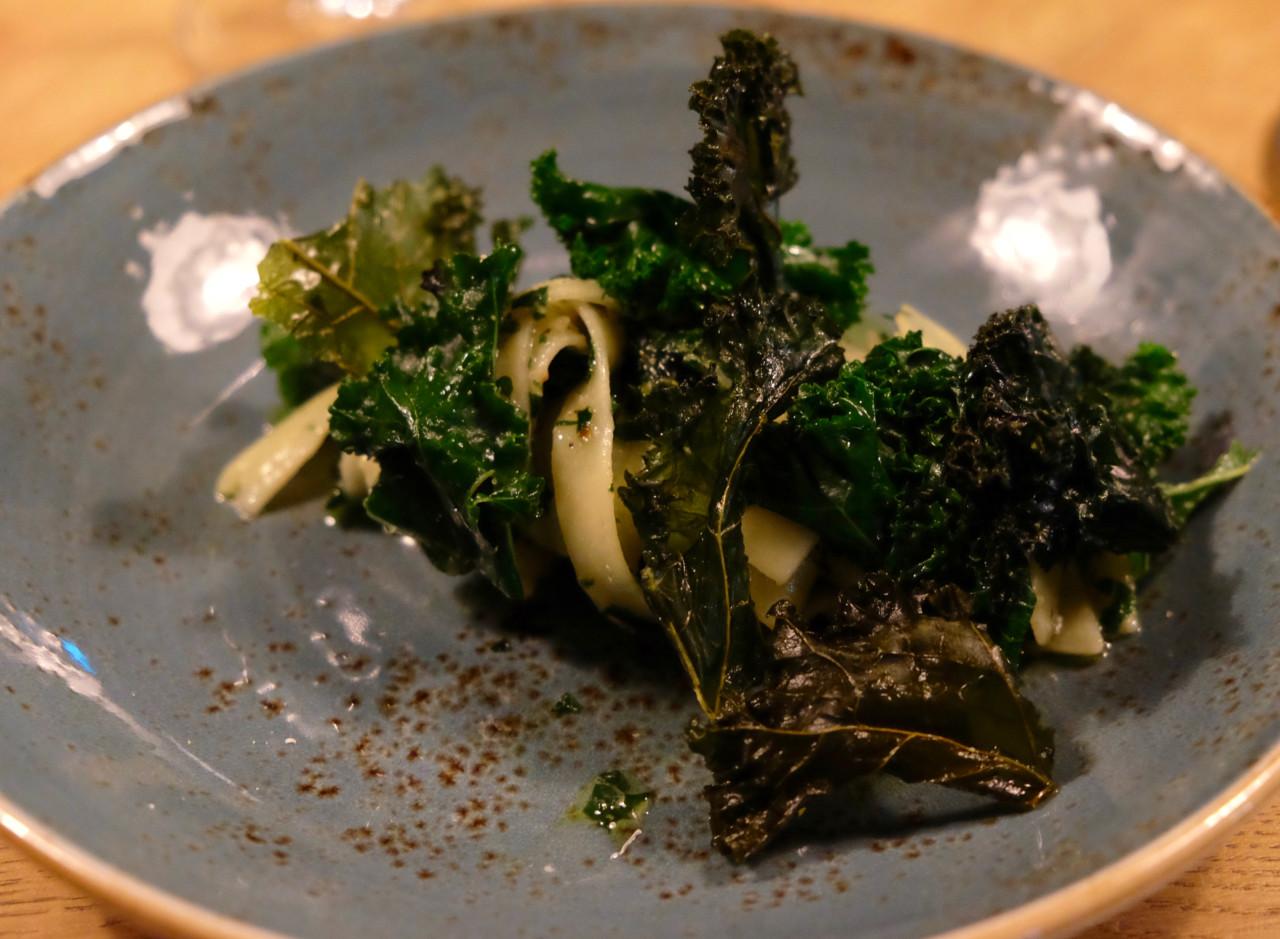 Tagliatelle / Federkohlpesto. Foto: Lunchgate/Anna
