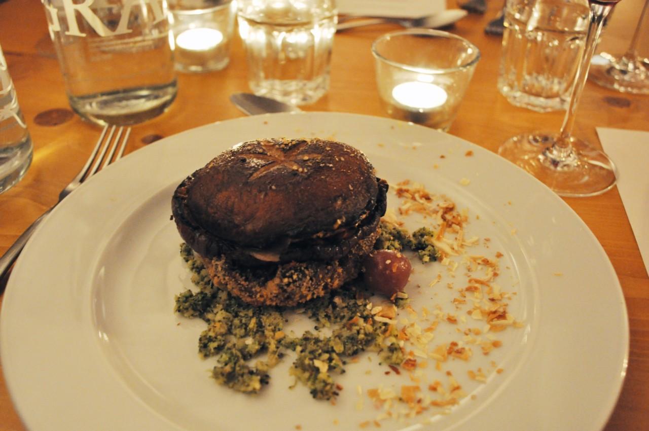 lauren-wildbolz-vegan-vegandinner-dinner-abendessen-plantbaseddinner-burger