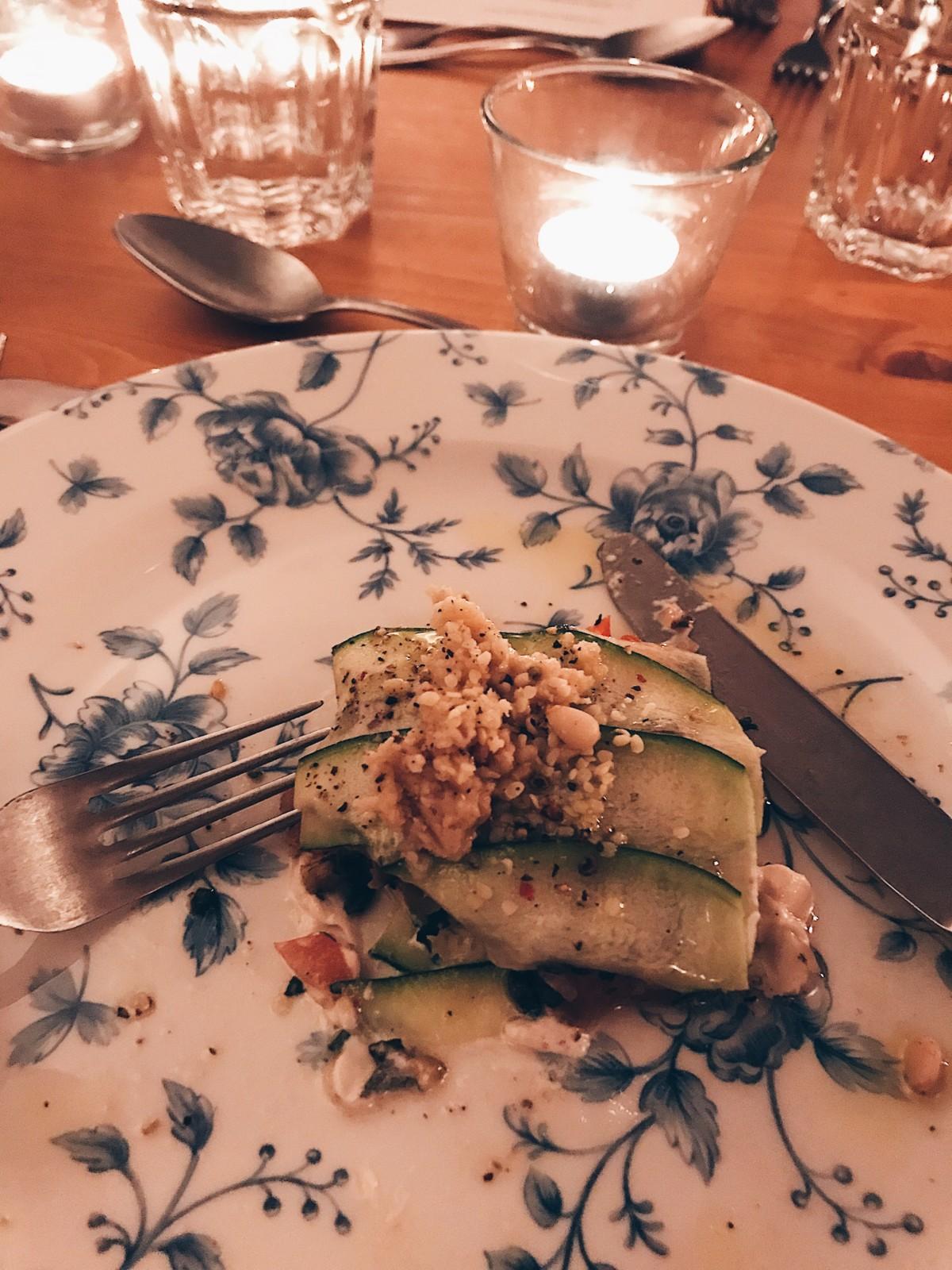 lauren-wildbolz-vegan-vegandinner-dinner-abendessen-plantbaseddinner-zuerich-lasagne