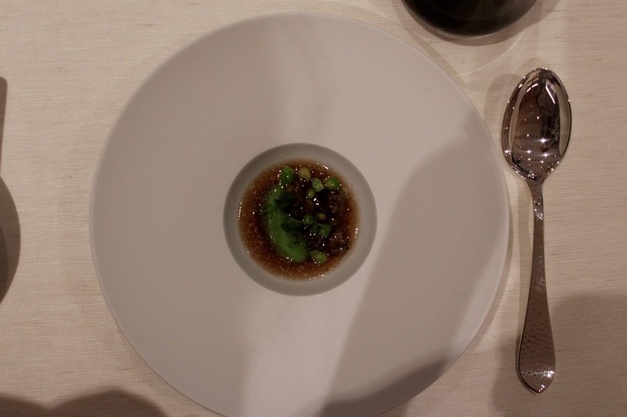 Das Süppchen überzeugt mit würzigem Geschmack. Foto: Lunchgate/Selina