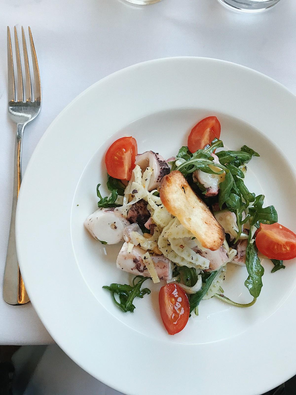 santo-zuerich-lunchgate-aperitiv-pulpo-salat