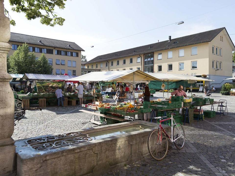 Klein, aber fein: Der Wochenmarkt in Altstetten