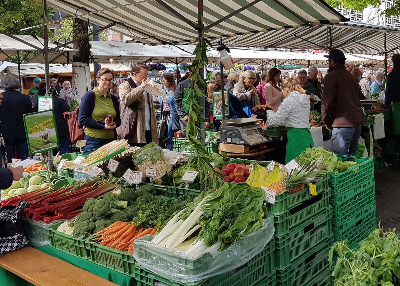 Auf dem Markt in Oerlikon ist immer was los!