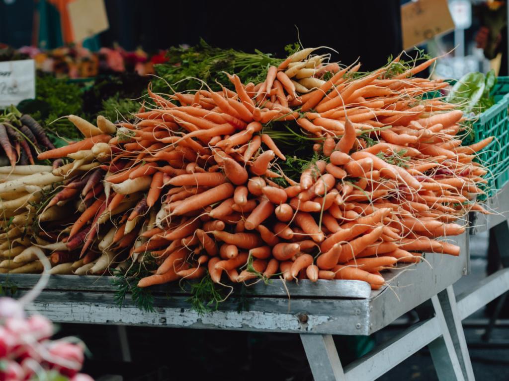 Chicken-Soup-Recipe-Market-Carrots-Lunchgate