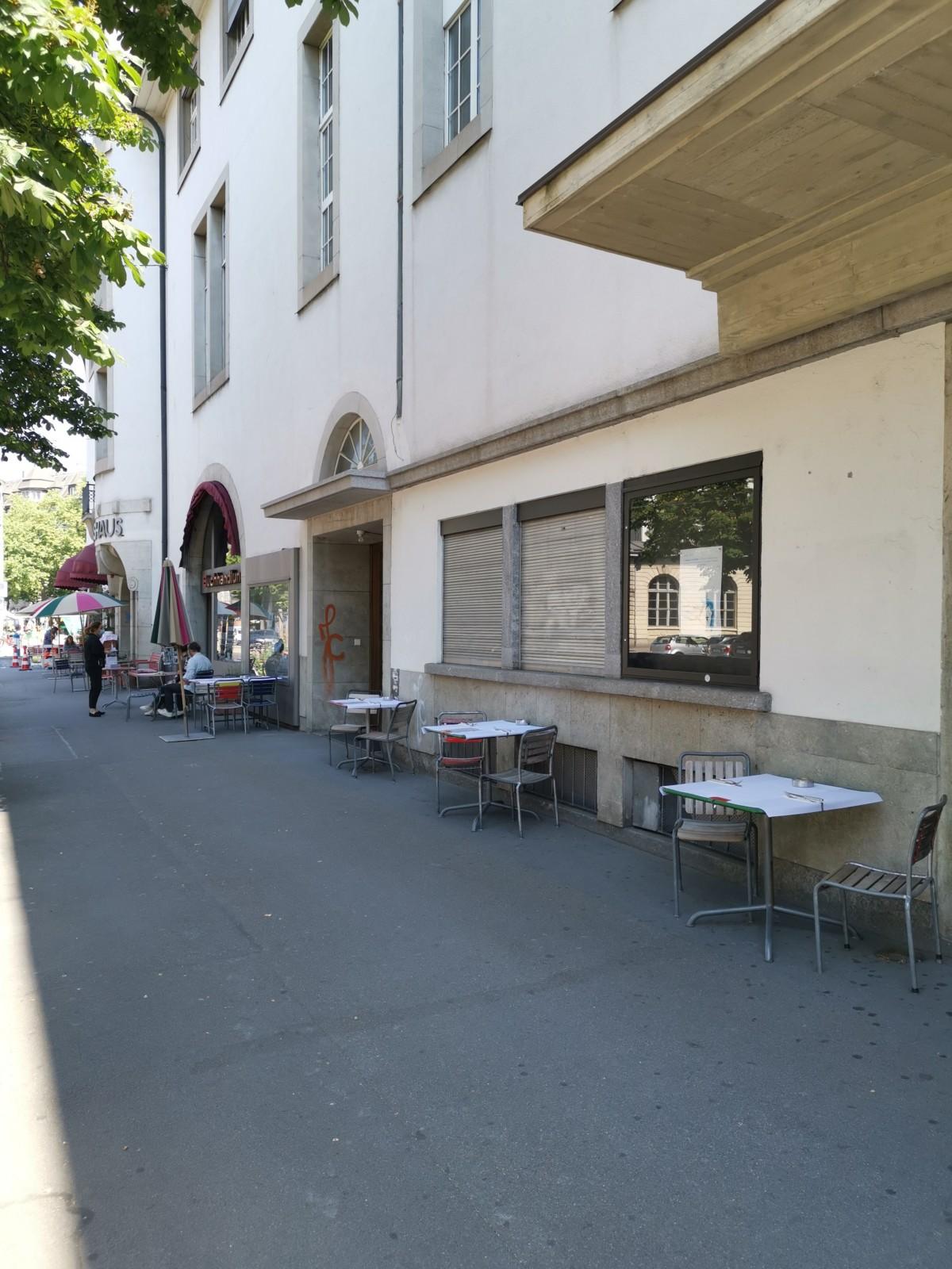 Der erweiterte Aussenbereich vor dem Volkshaus. Foto: Lunchgate/Max