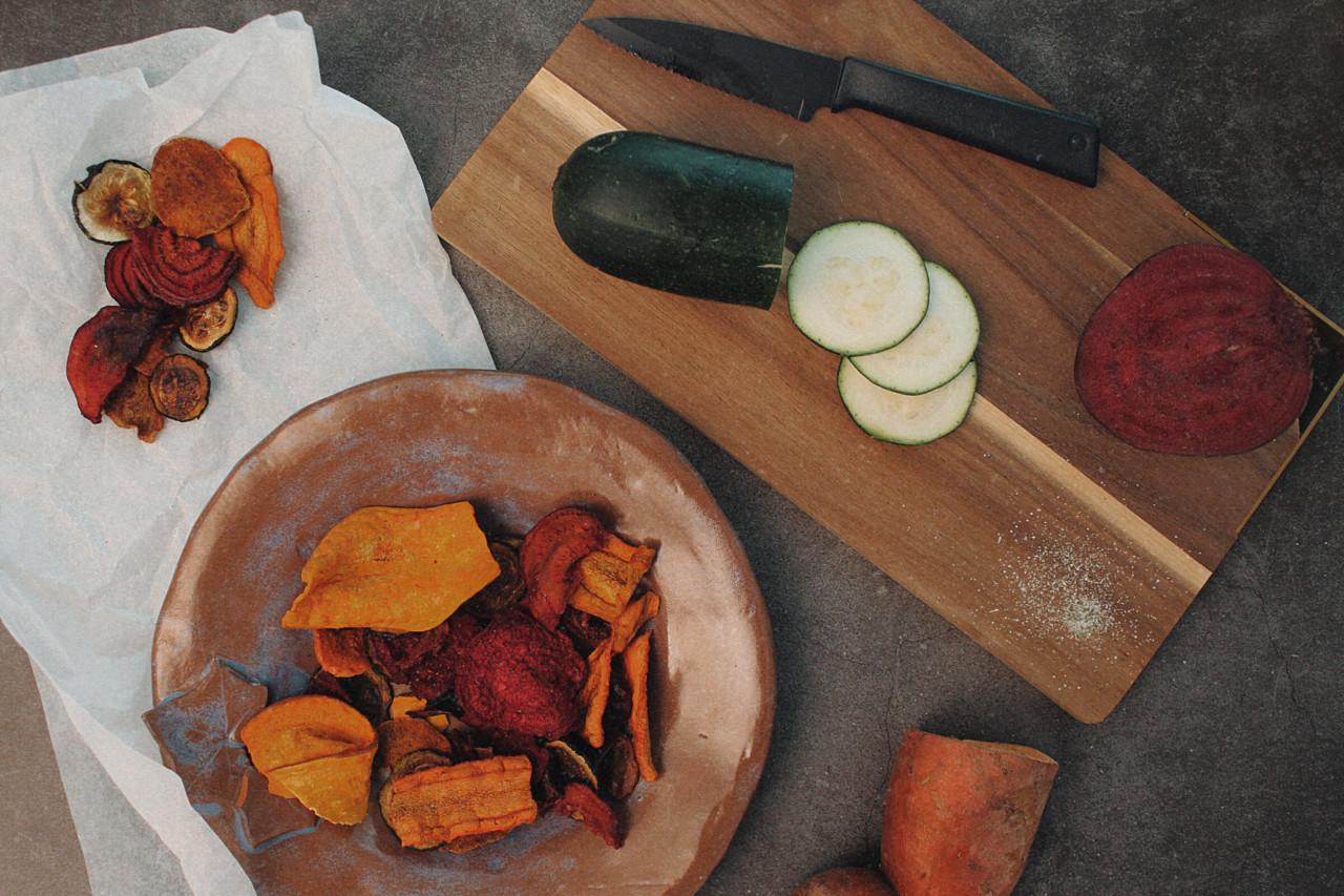 Für die Knusper-Mäuschen unter euch: gesunde Gemüse-Chips! Foto: Selina/Lunchgate