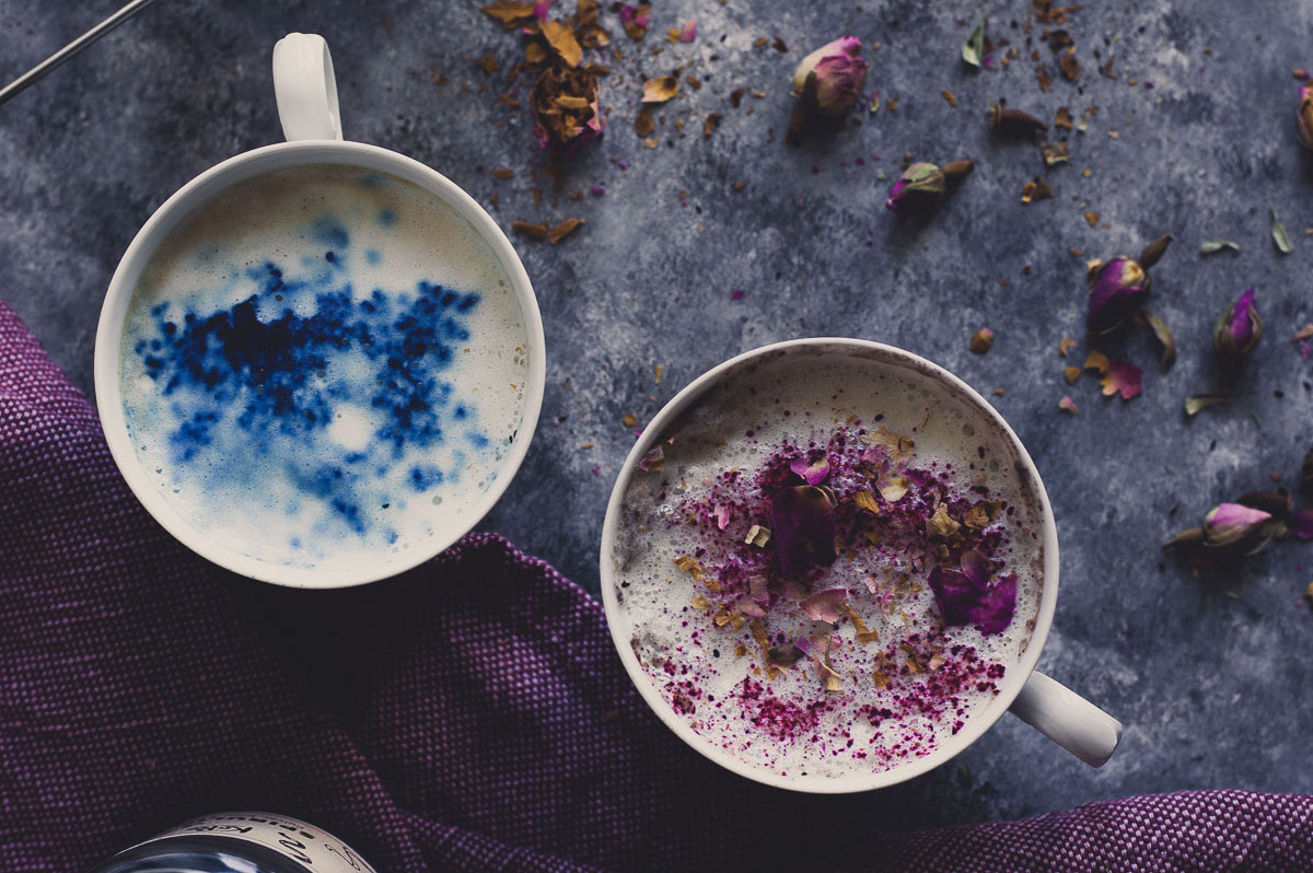Mondmilch: Das neue Trendgetränk aus Pflanzenmilch und Ashwagandha! Foto: velvetandvinegar.com
