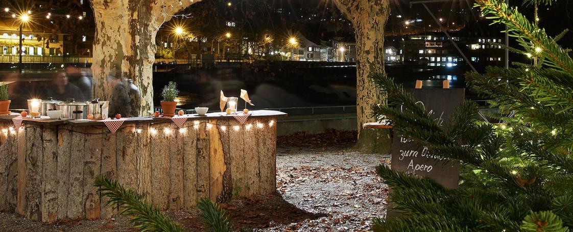 Fondue Genuss: Drinnen in der Chalet Stube oder draussen unter den Sternen, Foto: Schwellenmätteli Restaurant