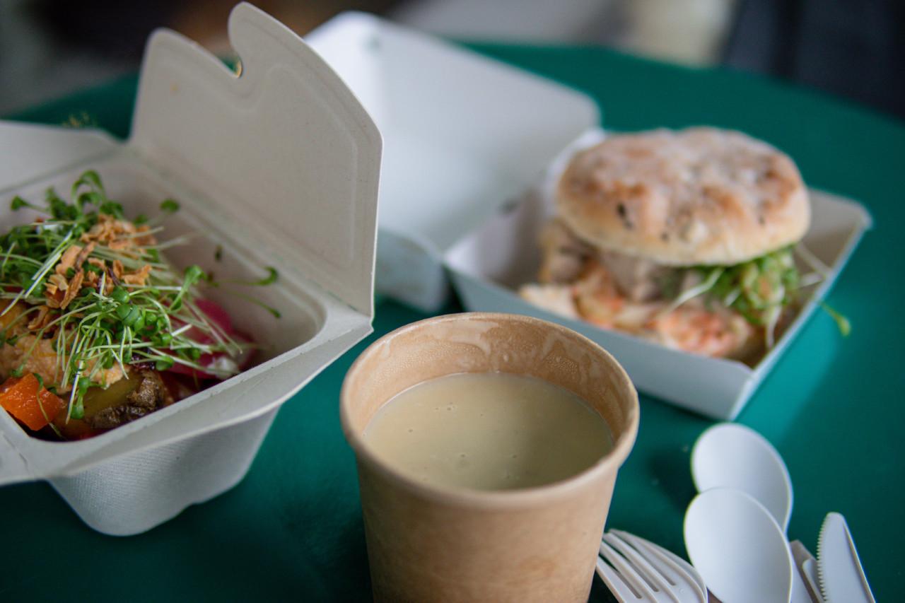 Das Menu reicht von Suppen über Sandwich bis hin zu Baked Potatoes. Foto: Lunchgate/Daria