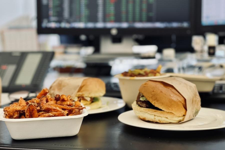 Büro-Lunch auf Rädern: Drei Restaurant-Tests der anderen Art